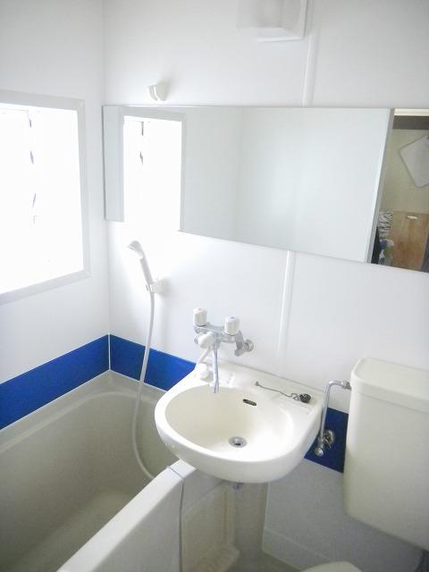 フルールN 浴室フィルム工事(ブルー・シー)
